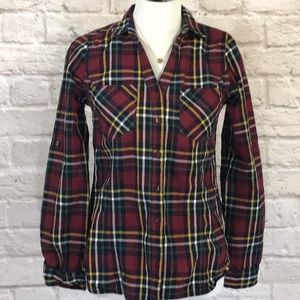 Skies are Blue Maroon plaid top size S
